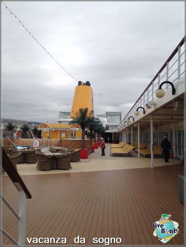 Visita su Costa Neoriviera-3costaneoriviera-costacrociere-direttaliveboatcrociere-jpg