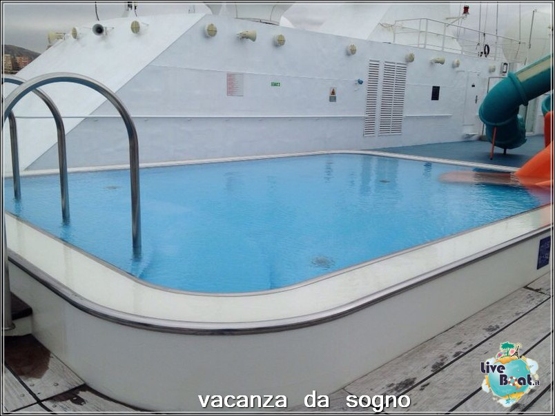 Visita su Costa Neoriviera-20costaneoriviera-costacrociere-direttaliveboatcrociere-jpg