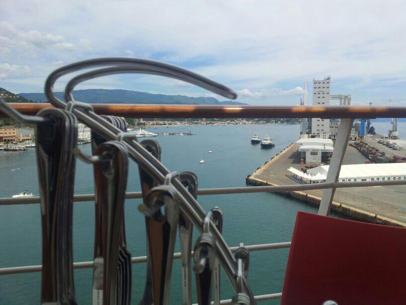 2014/05/25 - Savona (Sbarco) - Costa neoRiviera-uploadfromtaptalk1401015330113-jpg