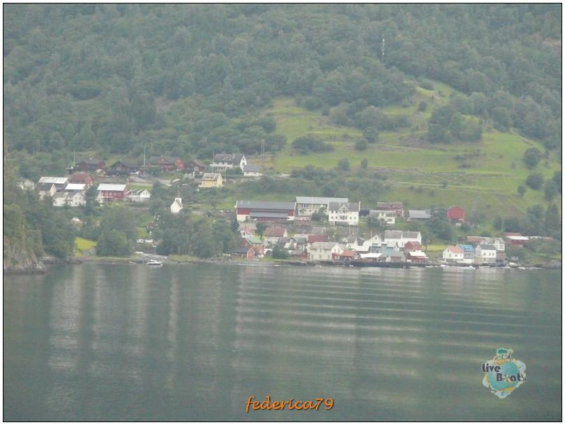 Navigazione turistica lungo il Sognefjord-flam00004-jpg
