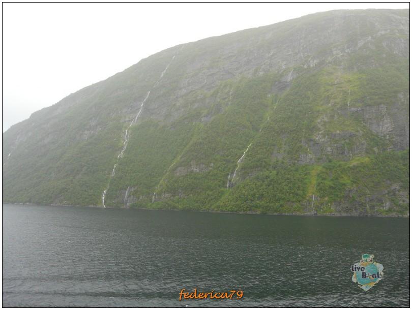 Navigazione turistica lungo il Geirangerfjord-geirangerfjord00002-jpg