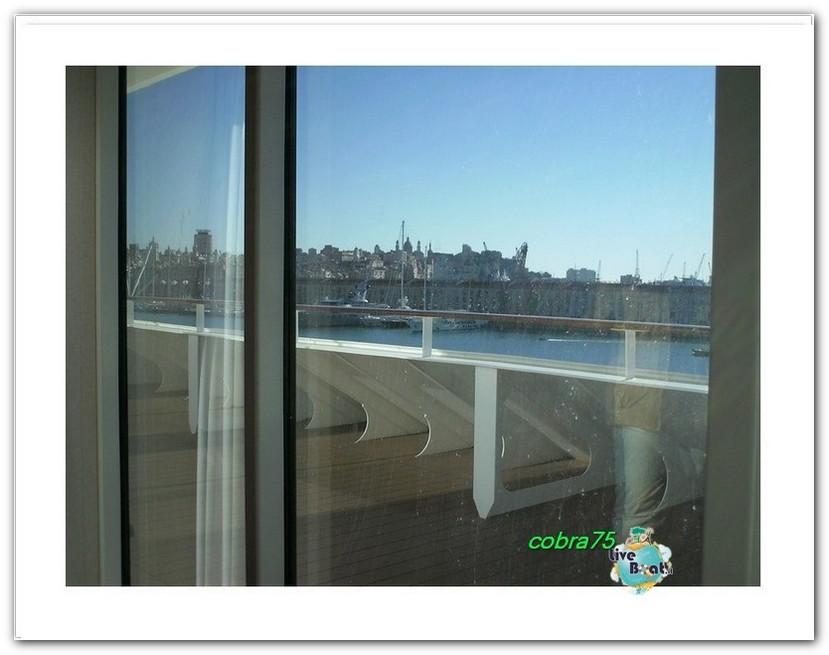 Suite Aurea con grande vetrata MSC Fantasia-liveboat6forum-crociere-jpg