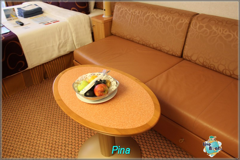 Cabina esterna con balcone 6400 Ponte Rubino-foto-costaluminosa-costacrociere-liveboat-102-jpg