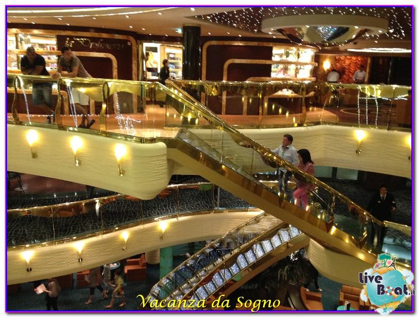 MSC Fantasia Atrio centrale-50msc-crociere-msc-fantasia-viagio-atlantide-crociera-isole-greche-jpg