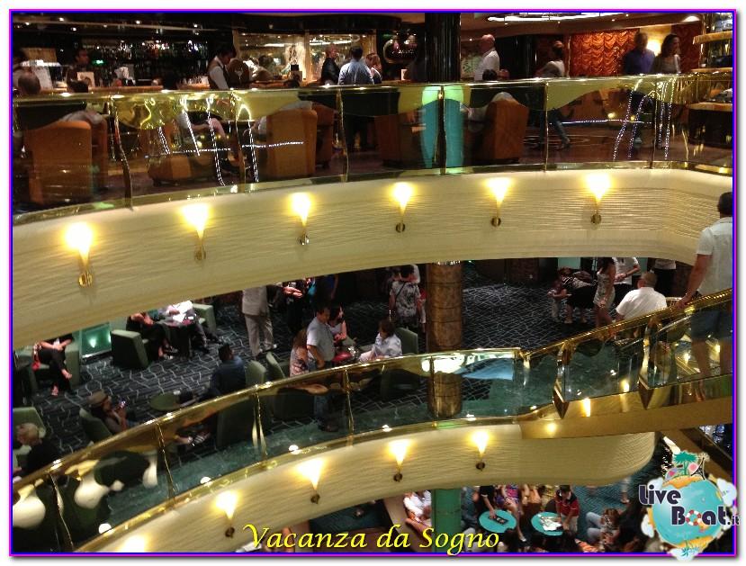 MSC Fantasia Atrio centrale-464msc-crociere-msc-fantasia-viagio-atlantide-crociera-isole-greche-jpg