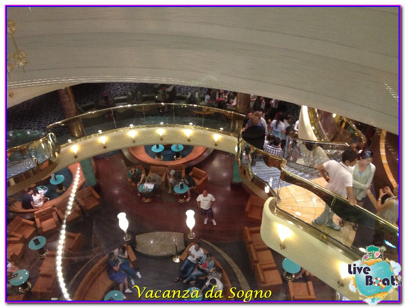 MSC Fantasia Atrio centrale-469msc-crociere-msc-fantasia-viagio-atlantide-crociera-isole-greche-jpg