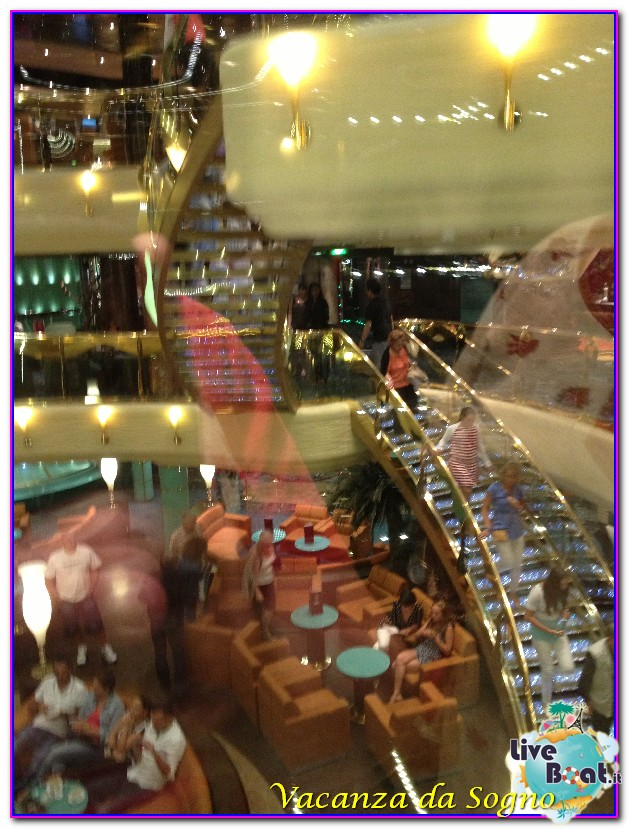 MSC Fantasia Atrio centrale-471msc-crociere-msc-fantasia-viagio-atlantide-crociera-isole-greche-jpg