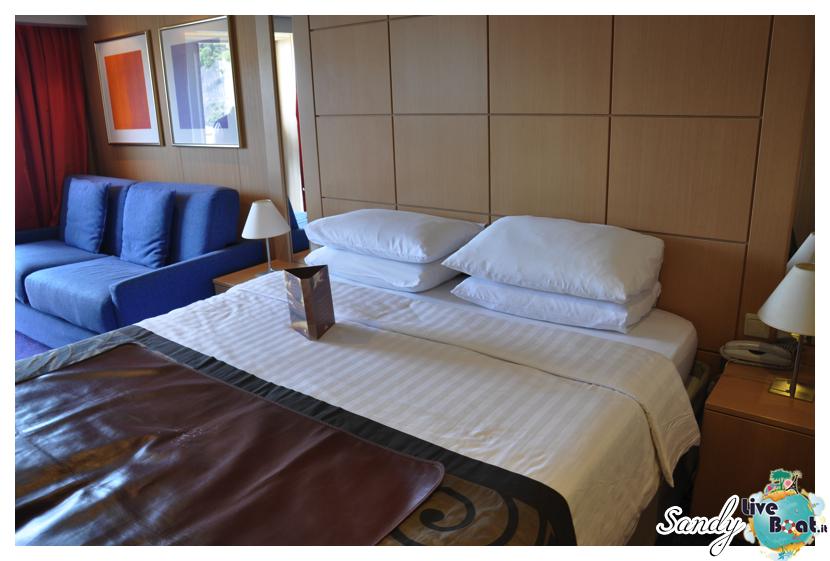 Costa neoRiviera - Suite-costa_neoriviera_suite6-jpg