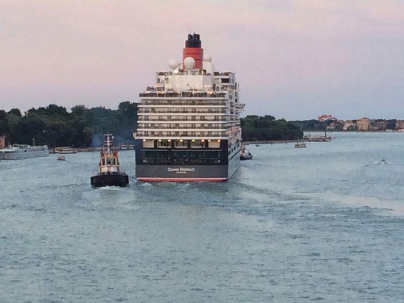 Rinviata a ottobre sentenza Tar grandi navi a venezia-uploadfromtaptalk1403906990045-jpg