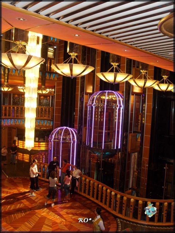 L'atrio di Costa Atlantica-navigazione-fio-064-jpg