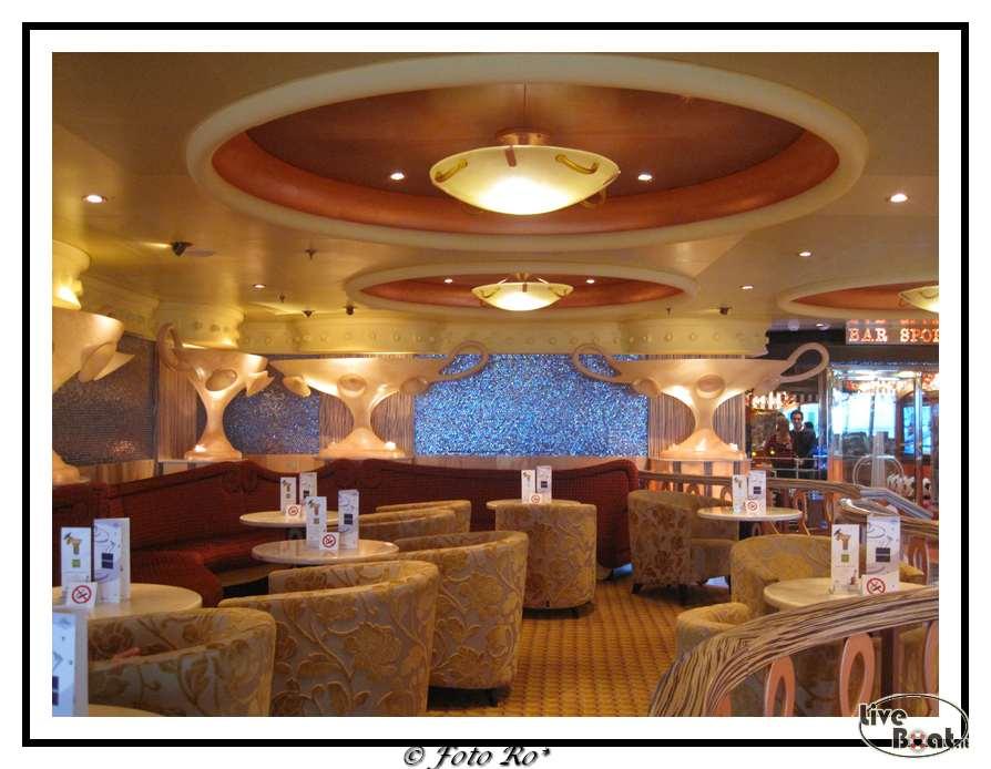 Bar e saloni interni della costa pacifica for Saloni interni