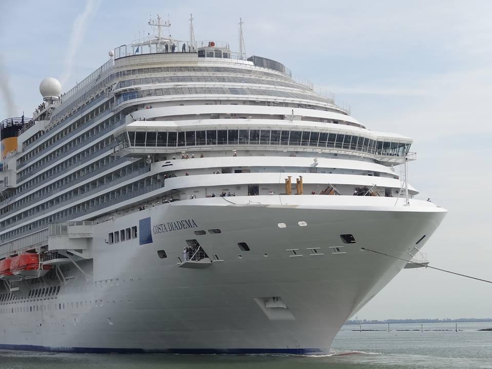 Le prime foto di Costa Diadema in mare-fotonave-costadiadema-5-jpg