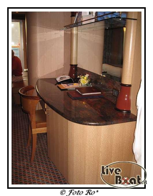 Gran suite e suite centrale con balcone  Costa Luminosa-suite-centrale-costa-luminosa-1-jpg