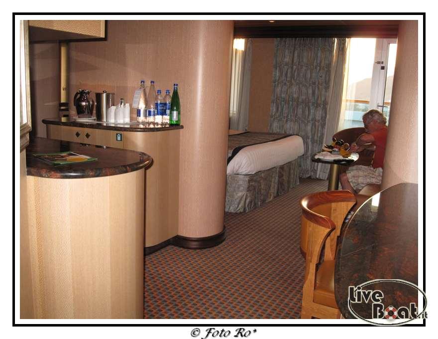 Gran suite e suite centrale con balcone  Costa Luminosa-suite-centrale-costa-luminosa-2-jpg