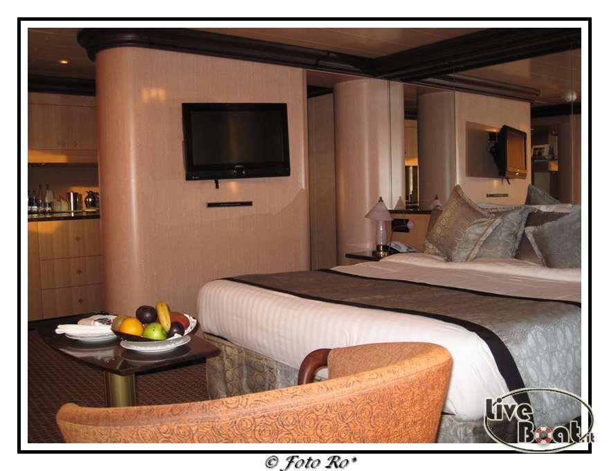 Gran suite e suite centrale con balcone  Costa Luminosa-suite-centrale-costa-luminosa-3-jpg