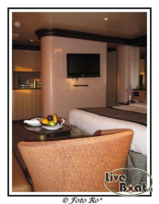 Gran suite e suite centrale con balcone  Costa Luminosa-suite-centrale-costa-luminosa-5-jpg