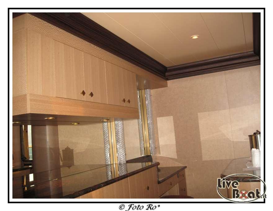 Gran suite e suite centrale con balcone  Costa Luminosa-suite-centrale-costa-luminosa-10-jpg