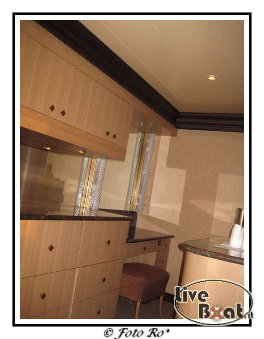 Gran suite e suite centrale con balcone  Costa Luminosa-suite-centrale-costa-luminosa-11-jpg