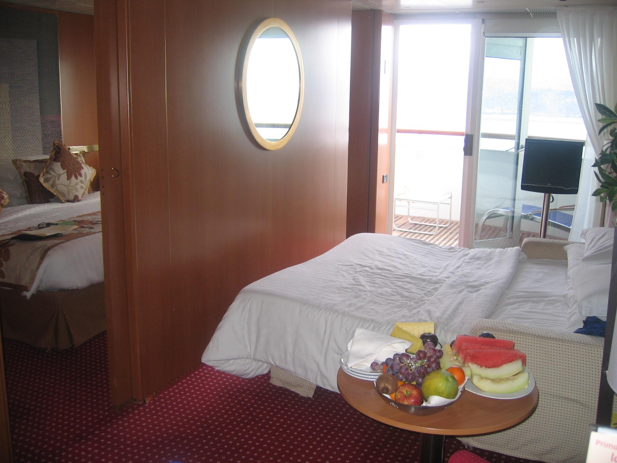 Gran suite con balcone Costa Romantica-gran-suite-romantica-1-jpg