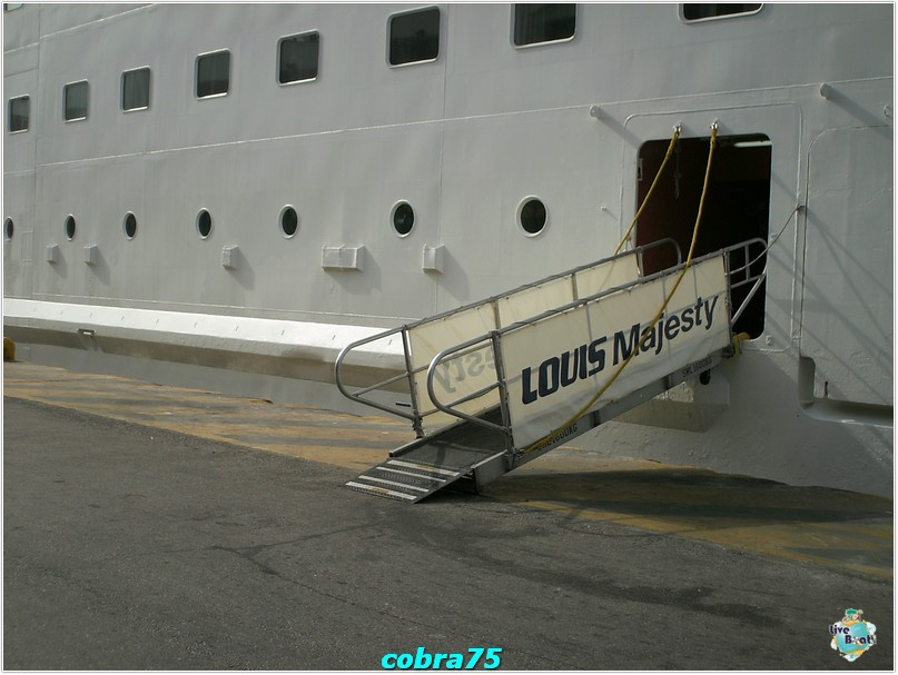 Re: Esterno nave Luis Majestic-crociera-celebrity-equinox-novembre-2011-479-jpg