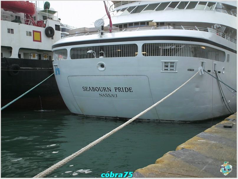 Seabourn Pride al Pireo-crociera-celebrity-equinox-novembre-2011-463-jpg