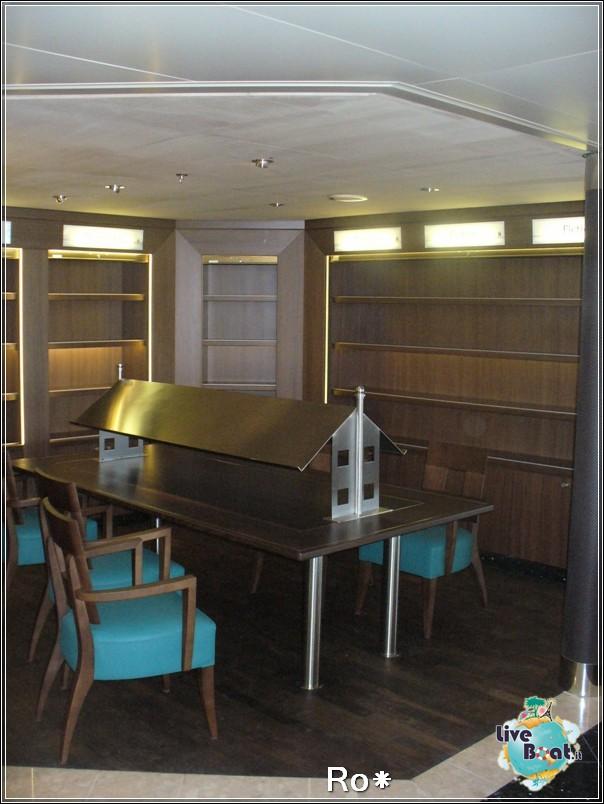 Internet Point Biblioteca-3nieuw-amsterdam-liveboatcociere-jpg