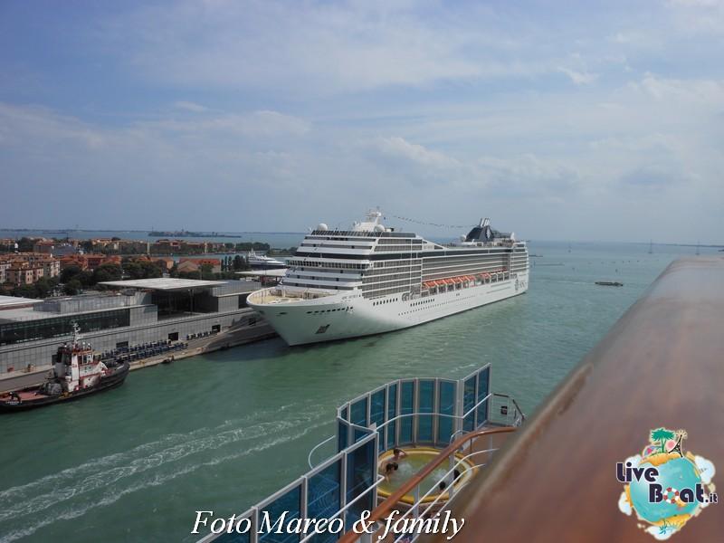 Costa Favolosa - Panorami d'Oriente - 10 giugno 2012-26foto-costa-favolosa-liveboat-jpg