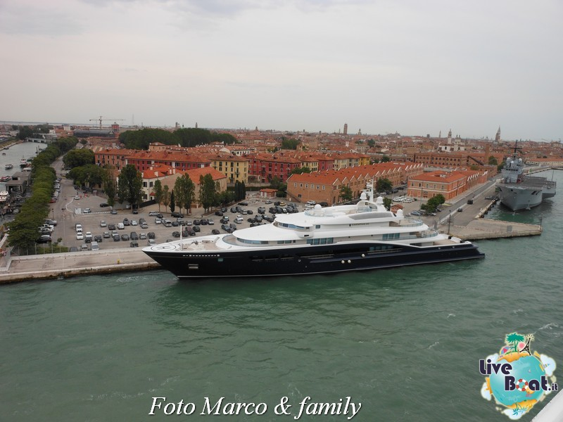 Costa Favolosa - Panorami d'Oriente - 10 giugno 2012-34foto-costa-favolosa-liveboat-jpg