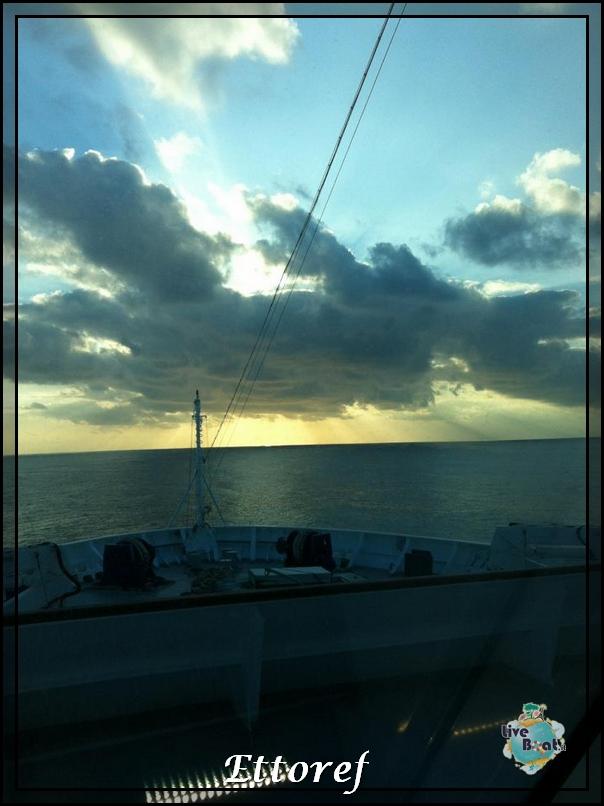 Costa NeoRomantica in diretta dalla nave Ettoref-costa-neoromantica-416957_3040999817251_1030726341_32273164_1026979128_n-jpg