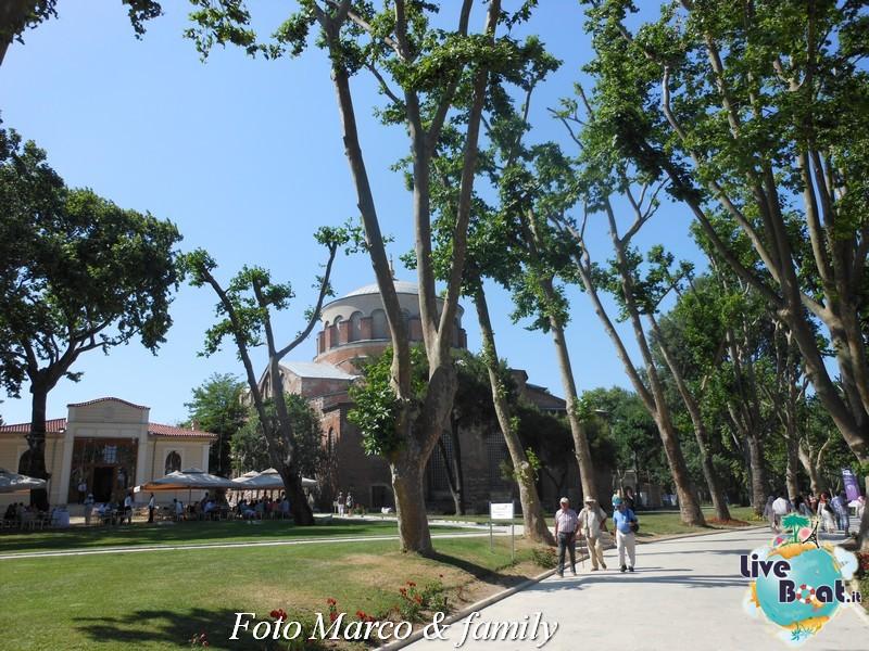 Costa Favolosa - Panorami d'Oriente - 10 giugno 2012-346foto-costa-favolosa-liveboat-jpg