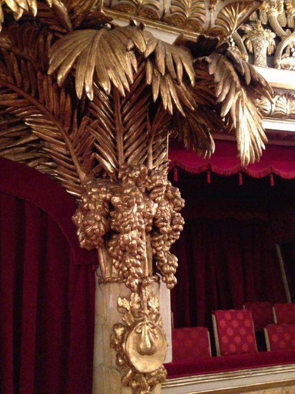 201306/09 Napoli-napoli-teatro-san-carlo-liveboat-crociere-6-jpg