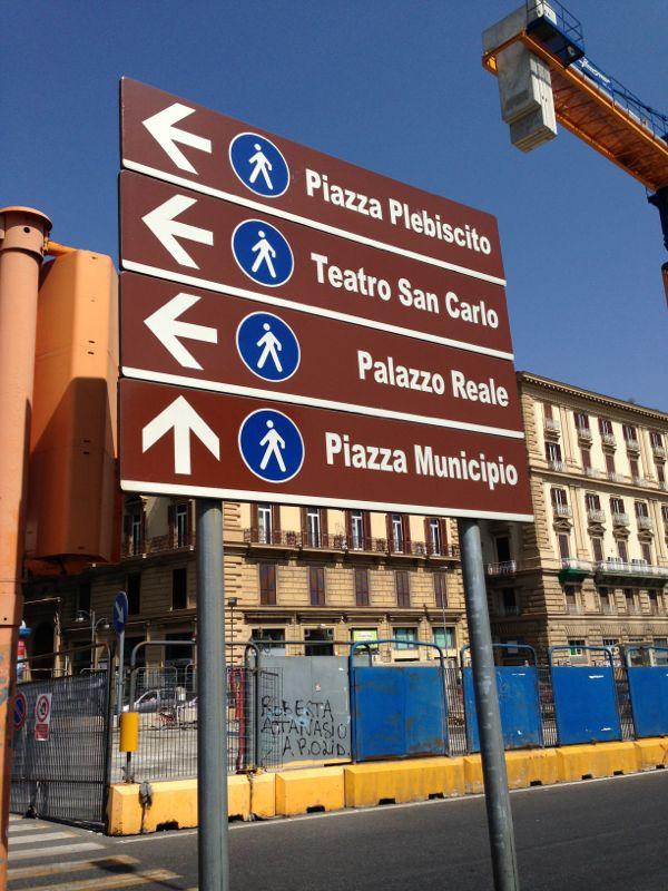 201306/09 Napoli-napoli-visita-citt-2-jpg