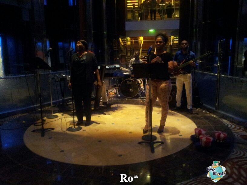 2014/07/04 Civitavecchia Partenza Reflection-foto-celebrety-reflection-civitavecchia-diretta-liveboat-crociere-8-jpg