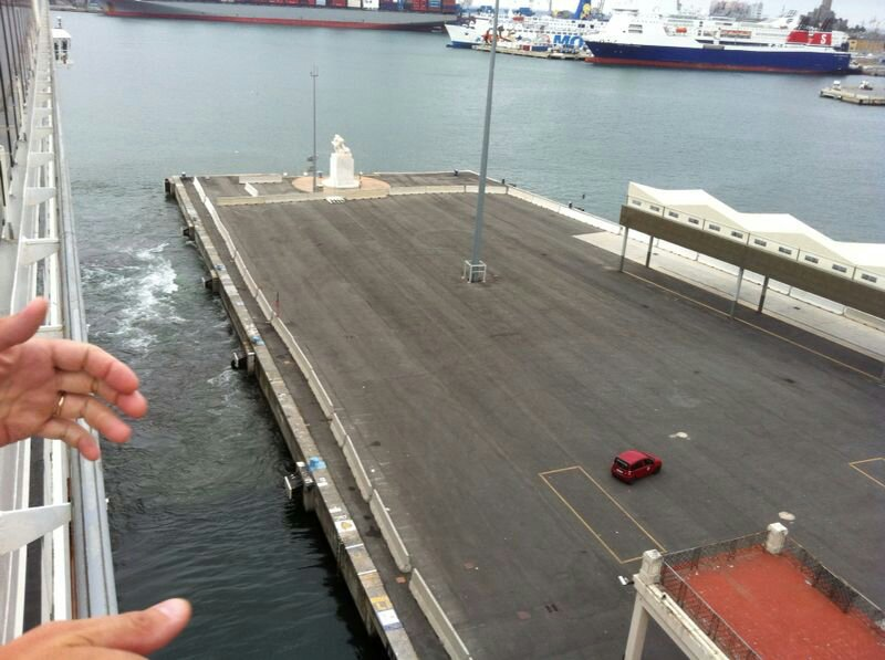 2014/07/07 Genova (imbarco)-uploadfromtaptalk1404752776538-jpg