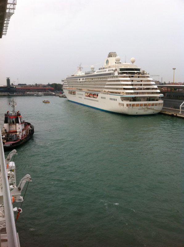 Venezia - 04/07/2011 (Imbarco)-crociera-vernissage-favolosa-4-jpg