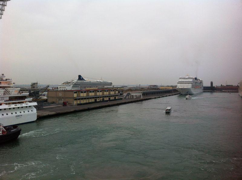 Venezia - 04/07/2011 (Imbarco)-crociera-vernissage-favolosa-13-jpg