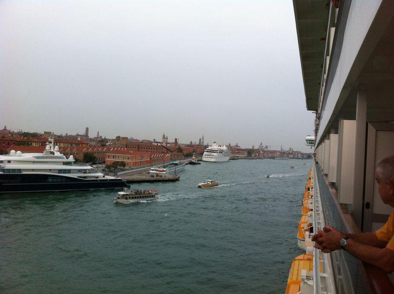 Venezia - 04/07/2011 (Imbarco)-crociera-vernissage-favolosa-18-jpg