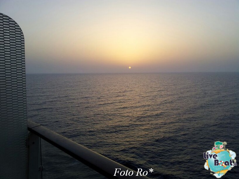 2014/07/10 Santorini Reflection-27foto-celebrity-reflection-liveboat-jpg