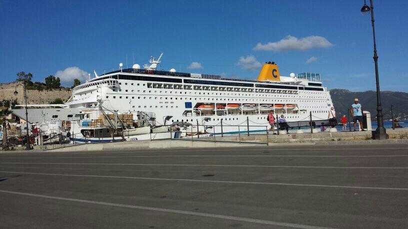 Porto di Portoferraio tutte le navi 2014-uploadfromtaptalk1405024451326-jpg