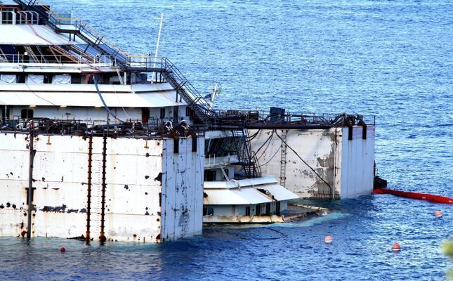 Liveboat in Diretta dall'Isola del Giglio e arrivo a Genova-334e52373ca2252efa6ec9133679f31f-k0b-645x400-meditelegraphweb-jpg