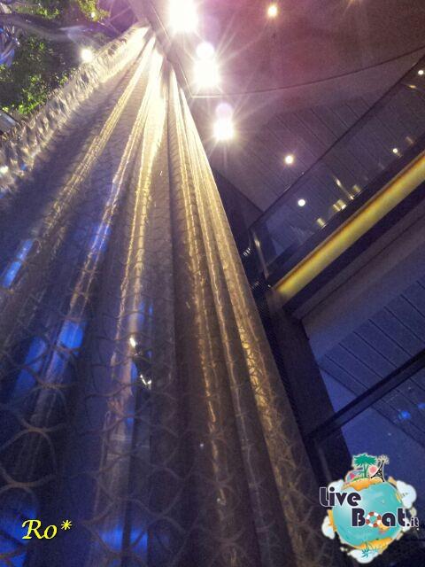 2014/07/14 Civitavecchia Sbarco Reflection-celebrity-reflection-14civitavecchia-liveboat-crociere-jpg