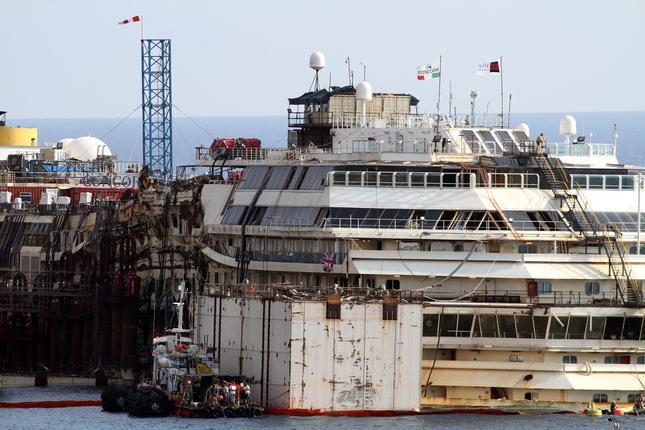 Liveboat in Diretta dall'Isola del Giglio e arrivo a Genova-3573dfa3a63415e63011b7cb72b43f13-020-jpg