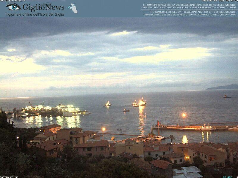 Liveboat in Diretta dall'Isola del Giglio e arrivo a Genova-01costa-concordia-liveboat-crociere-refloating-rigalleggiamento-liveboat-jpg