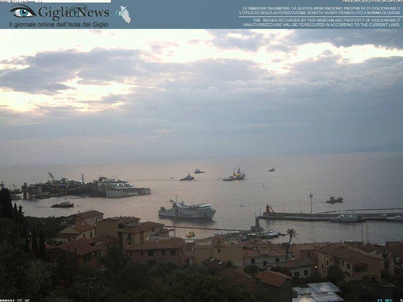 Liveboat in Diretta dall'Isola del Giglio e arrivo a Genova-07costa-concordia-liveboat-crociere-refloating-rigalleggiamento-liveboat-jpg