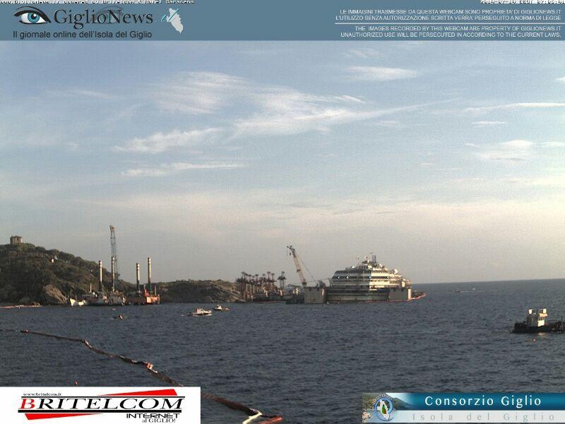 Liveboat in Diretta dall'Isola del Giglio e arrivo a Genova-11costa-concordia-liveboat-crociere-refloating-rigalleggiamento-liveboat-jpg