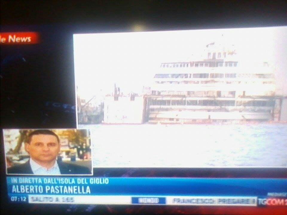 Liveboat in Diretta dall'Isola del Giglio e arrivo a Genova-14costa-concordia-liveboat-crociere-refloating-rigalleggiamento-liveboat-jpg