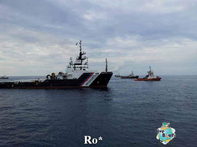 Liveboat in Diretta dall'Isola del Giglio e arrivo a Genova-18-foto-isola-giglio-rimozione-costa-concordia-diretta-liveboat-crociere-jpg