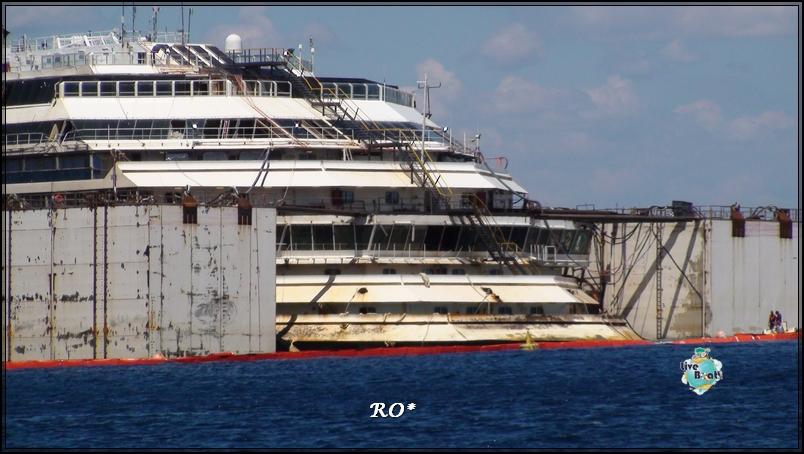 Liveboat in Diretta dall'Isola del Giglio e arrivo a Genova-4foto-costaconcordia-isoladelgiglio-operazioni-rigalleggiamento-jpg