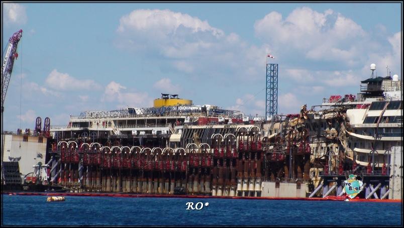 Liveboat in Diretta dall'Isola del Giglio e arrivo a Genova-7foto-costaconcordia-isoladelgiglio-operazioni-rigalleggiamento-jpg