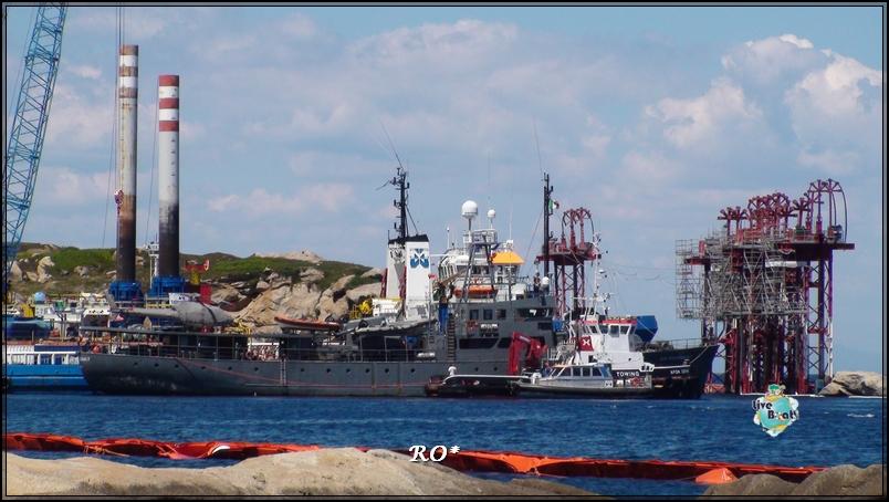 Liveboat in Diretta dall'Isola del Giglio e arrivo a Genova-9foto-costaconcordia-isoladelgiglio-operazioni-rigalleggiamento-jpg